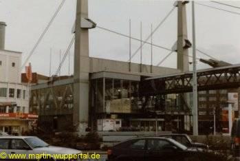 wuppertaler schwebebahn station alter markt alte und neue fotos von m rtin wuppertal. Black Bedroom Furniture Sets. Home Design Ideas